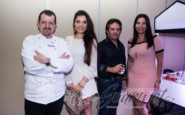 Alberto Martin, Aitziber Álvarez, Yessenia Álvarez y René Rodríguez