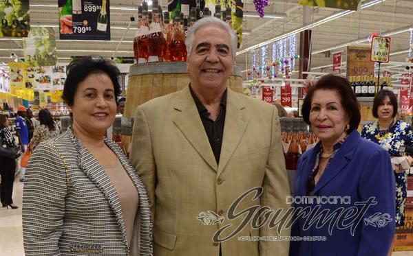 Janet de Verge , Antonio Verge y Celeste de Espaillat.