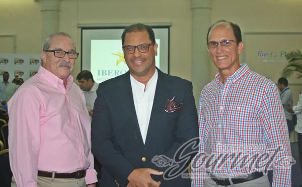 Máximo Iglesias, Julio Almonte y Manuel Finke